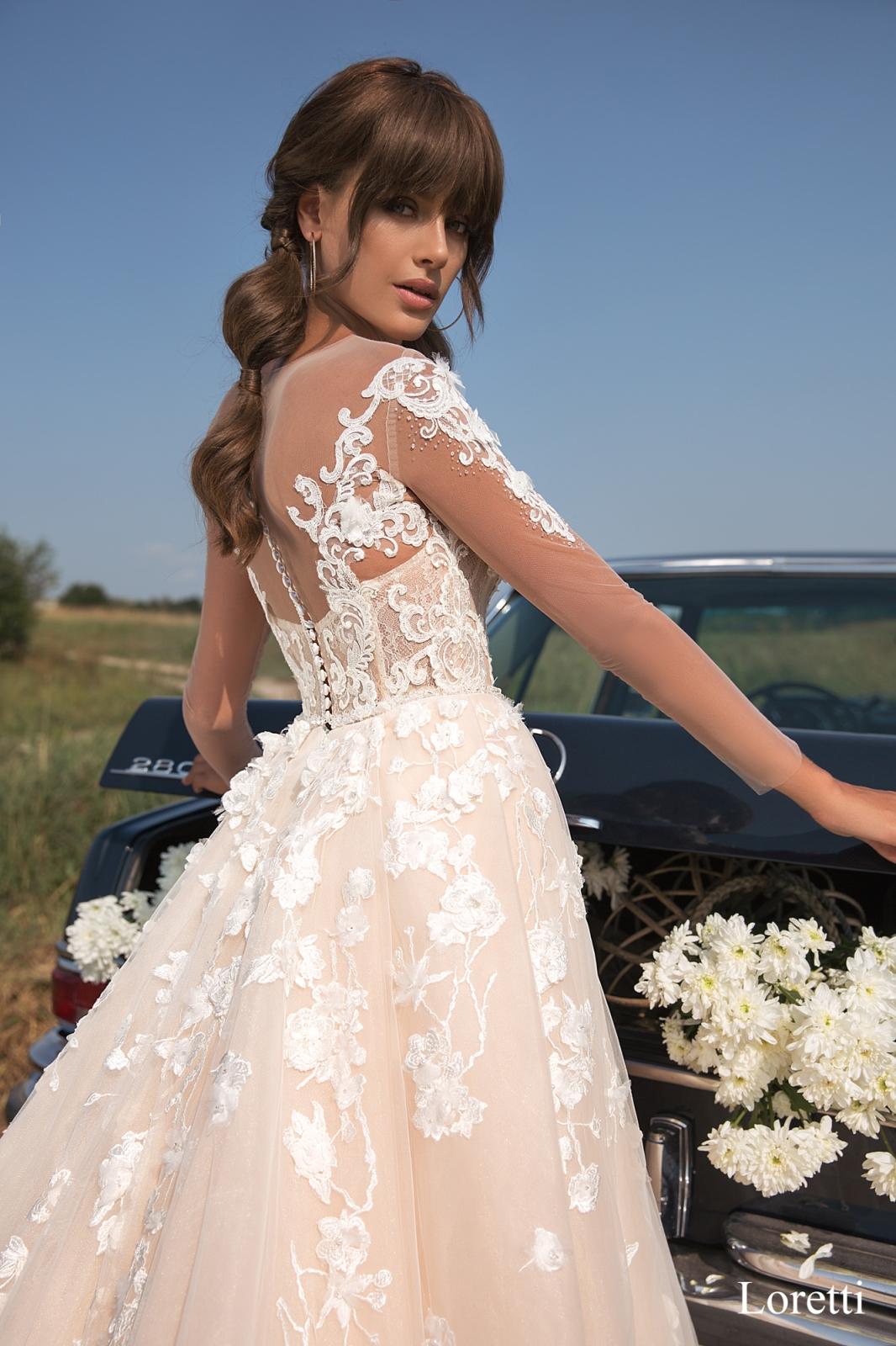 свадебное платье LORETTI