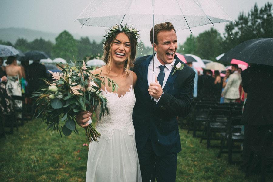 Что делать, если на свадьбу обещают дождь?