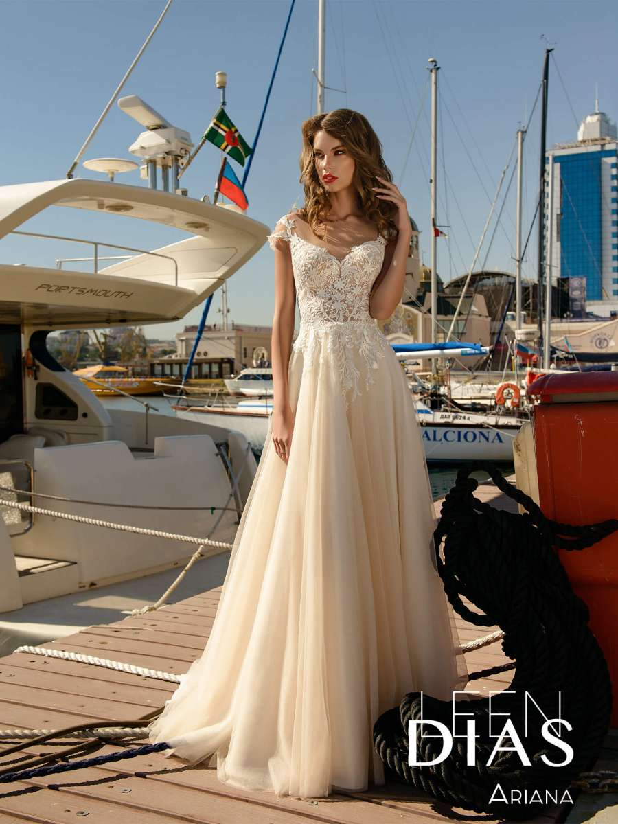 свадебное платье Ariana-1.900x900w