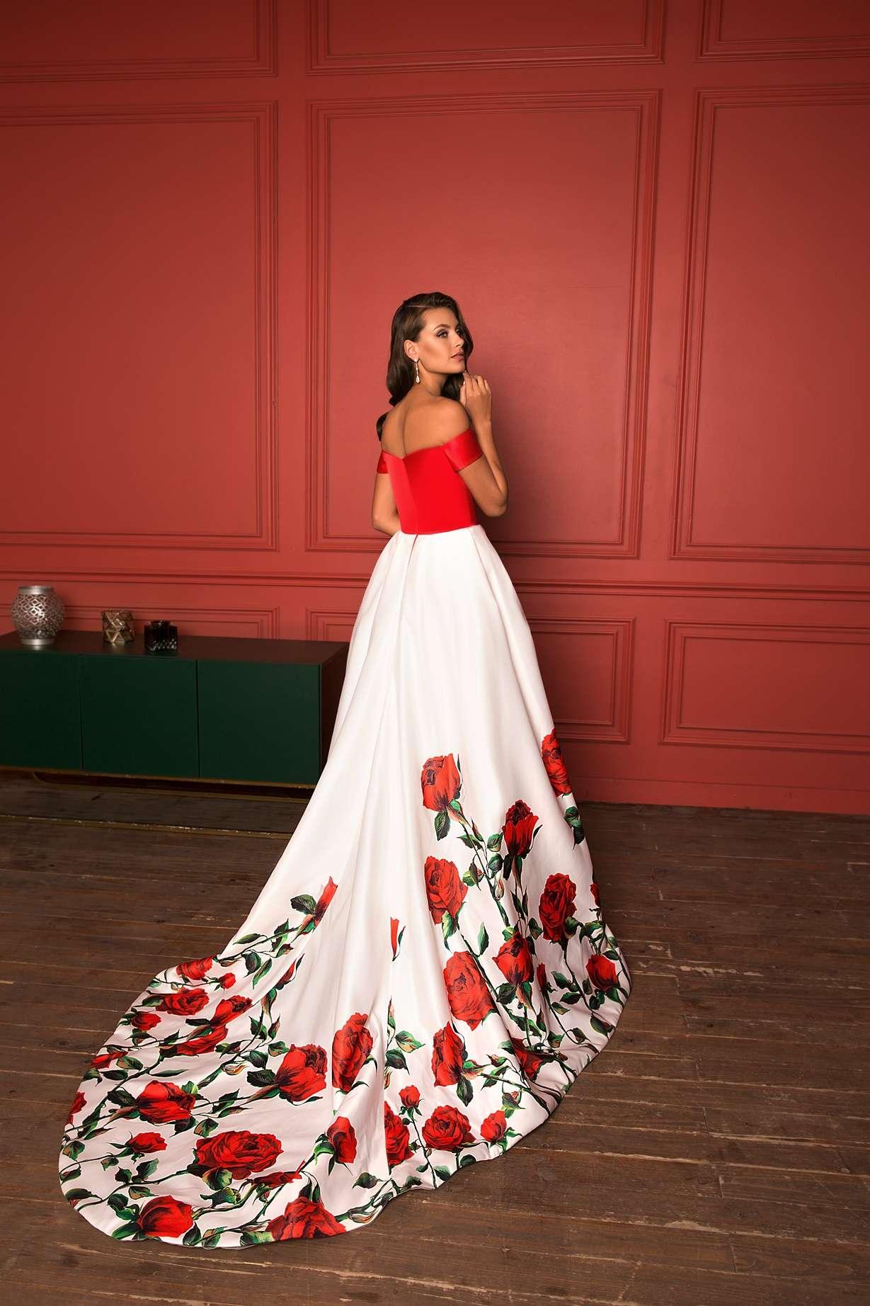 Вечерние платья с цветочным принтом 1