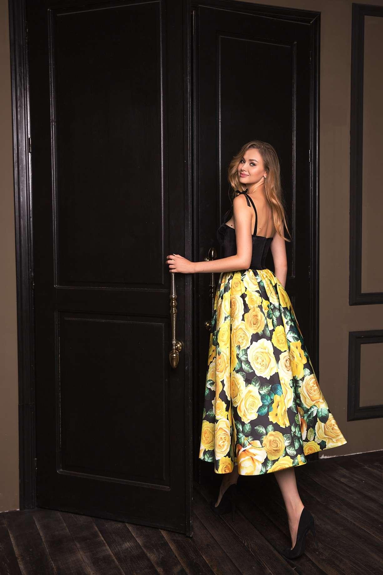 Вечерние платья с цветочным принтом 5