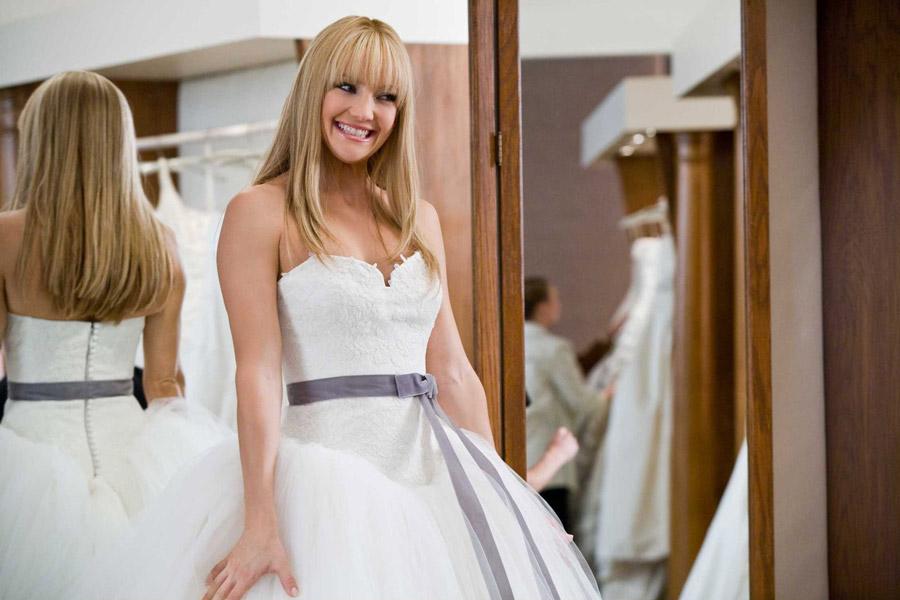 bride-wars-wedding-dress-2-9368-(1)