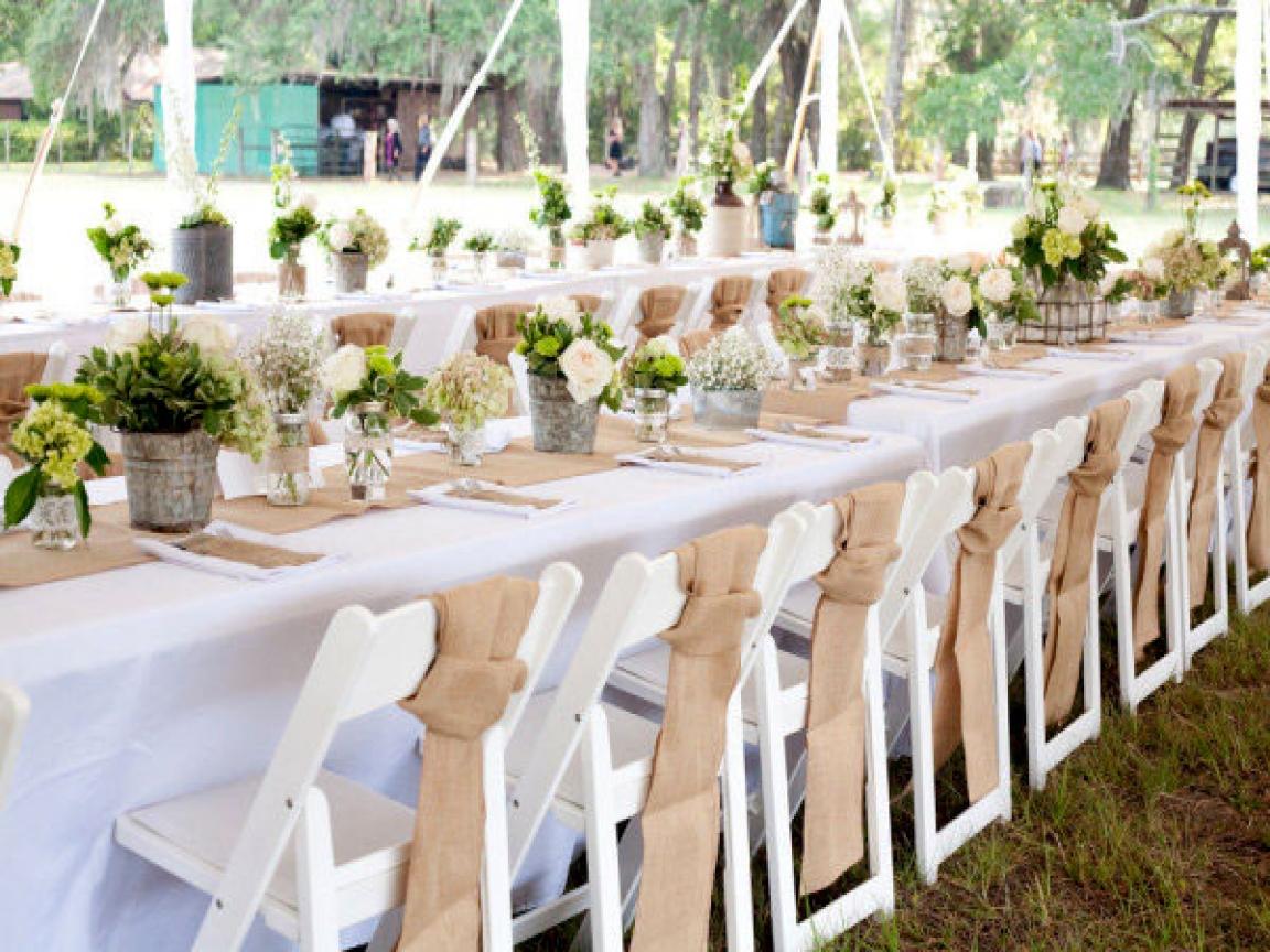 burlap-wedding-table-decoration-ideas-burlap-runners-for-wedding-decor-cf48fddeb029b98b