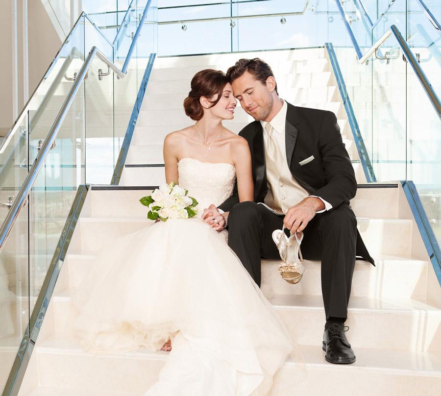 kto-pokupaet-neveste-svadebnoe-plate-15