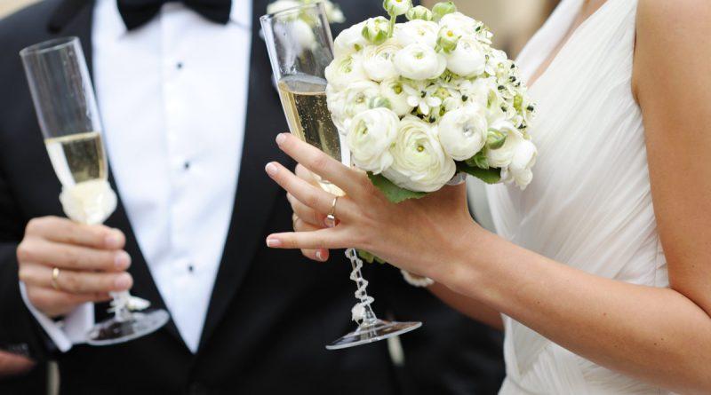organizatsiia-i-provedenie-svadby-800x445