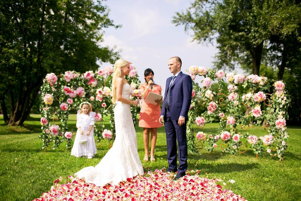 svadba-na-otkrytoy-ploshchadke-05