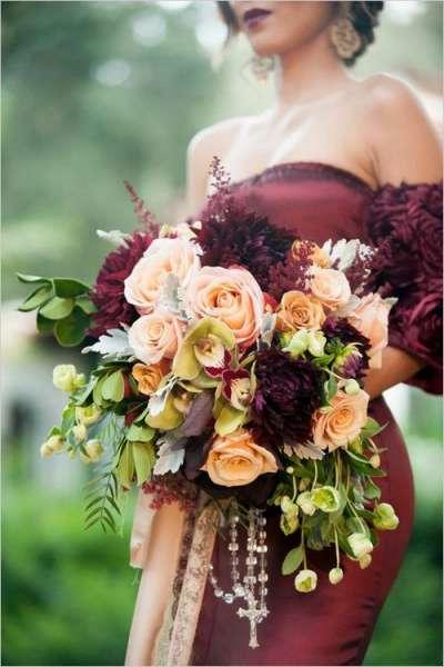 Образ подружки невесты: цвет года - марсала