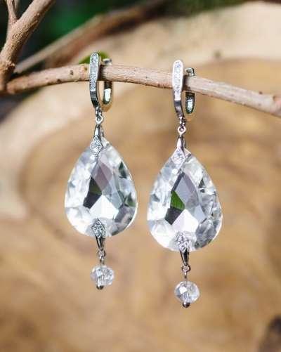 ТОП-5 основных правил выбора идеальных украшений для невесты