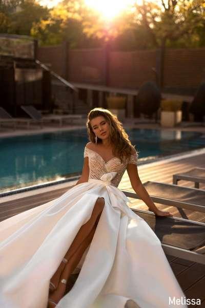 Простые свадебные платья для элегантной невесты