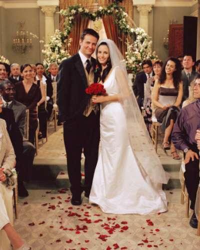 10 самых красивых невест из кино