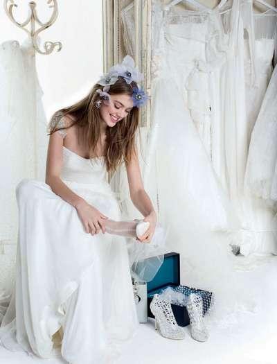 С кем выбирать свадебное платье - обсудим?