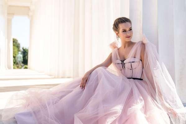 ТОП 5 вечерних платьев, которые подчеркнут Вашу женственность