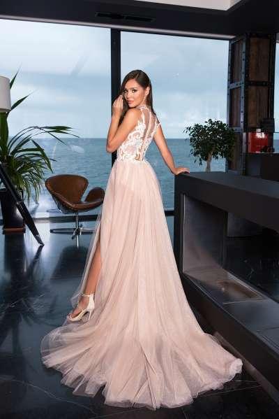 Вечерние платья – наряды на второй день свадьбы