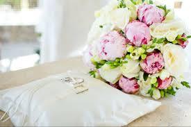 Весенние свадебные букеты